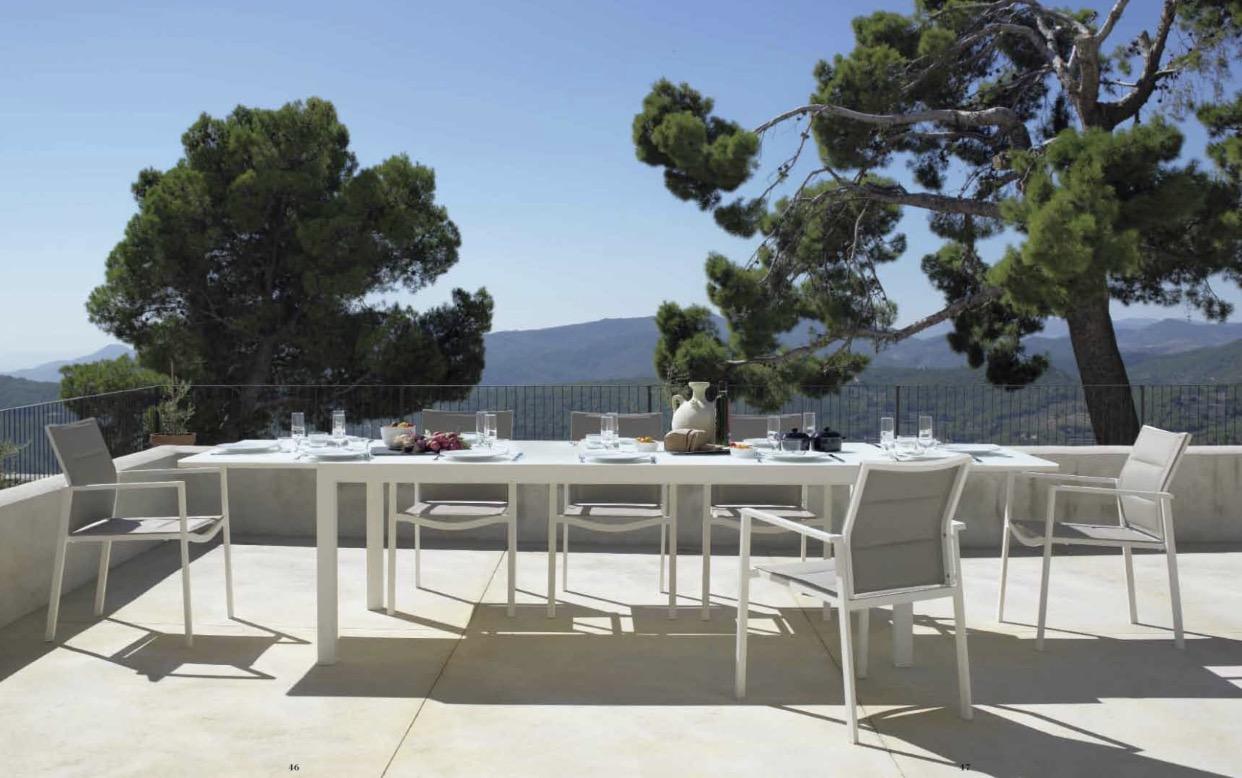 Mesa de exterior de Muebles Toscana