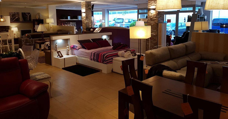Tiendas De Muebles En Top Tiendas De Muebles Iluminacin Y  # Muebles Saskia Horario