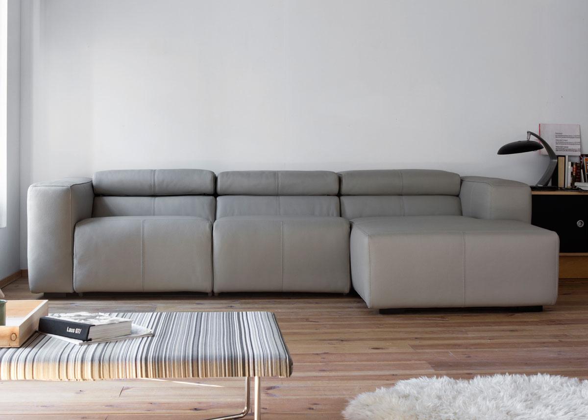 Sofá relax tres plazas con asiento deslizante
