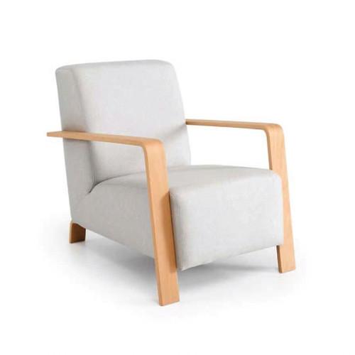 Muebles Toscana butaca brazos y patas madera