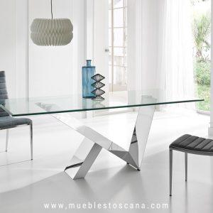 Mesa de comedor de cristal y acero